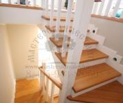 Облицовка лестницы деревом в Коттеджный поселок Кембридж Новая Рига
