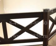 Ограждение из бука в стиле шале крестообразное