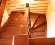 Деревянные лестницы из лиственницы тонировка и покрытие лаком - Баковка - Пионерская Одинцовский р-он Можайское шоссе