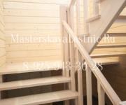 Лестница из лиственницы на 180 с площадкой деревня Дарьино-Успенское Арендный поселок Одинцовский район