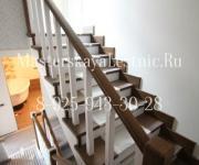 Деревянные лестницы из лиственницы д Зайцево Жилье в коттеджном поселке «Полесье»