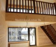 Лестница из лиственницы гусиный шаг